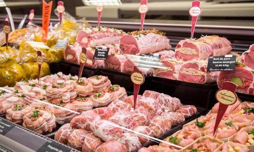 Francuska: Napadnuta mesara jer prodaje svinjetinu