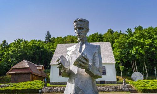 Les Oustachis en Croatie ont massacré tous les Serbes du village natal de Nikola Tesla