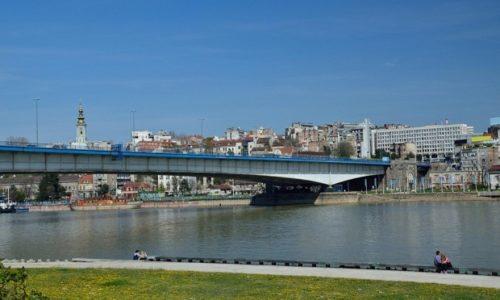 Serbie: Quatre migrants ont battu une fille à Belgrade