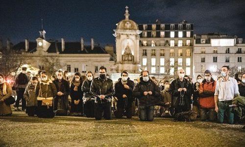 (VIDEO)Francuska: Vernici zahtevaju bogosluženja. Ministar im preti policijom