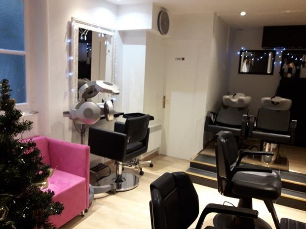 """Od subote ponovo rade frizerski saloni. """"Hélène coiffure"""" vas očekuje"""