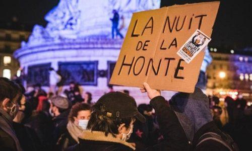 (VIDEO)Pariz: Veliki skup podrške migrantima
