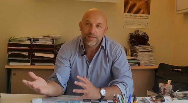 Francuska: Doktor pokrenuo inicijativu protiv izolacije. Dobio veliku podršku