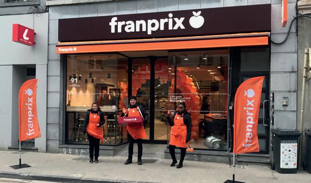 (FOTO)Pariz: Prodavnice Franprix otvorene i posle 18h uprkos policijskom času