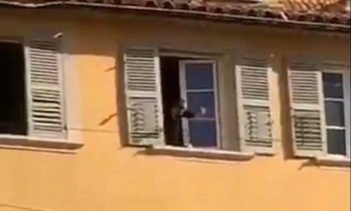 (VIDEO)Francuska: UŽAS. Odrubio glavu pa je bacio kroz prozor na ulicu